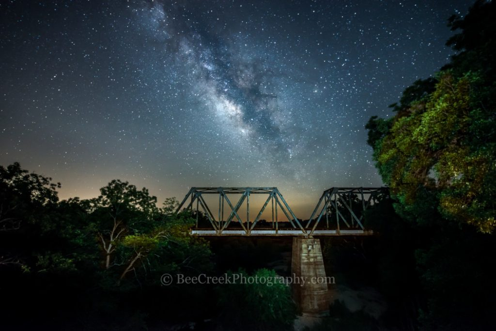 stars_over_rail_bridge-d82_97621-1050x701