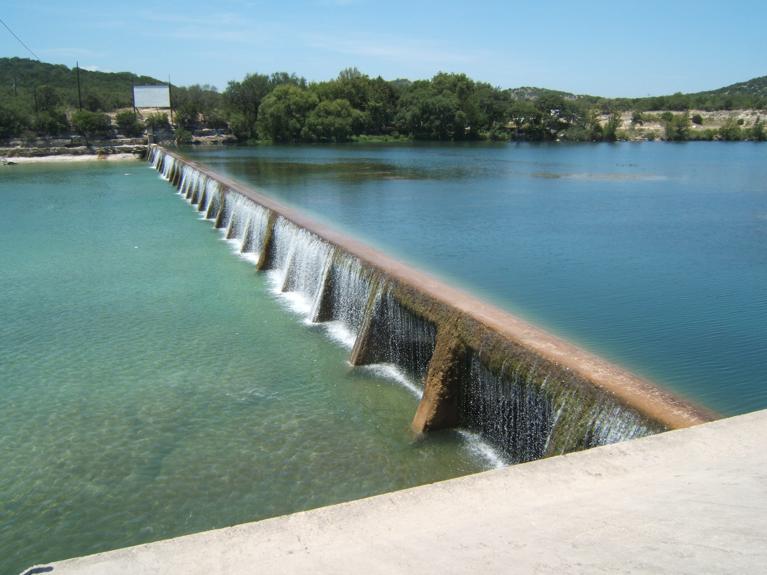 Scientists have big hopes for Uvalde Pool study