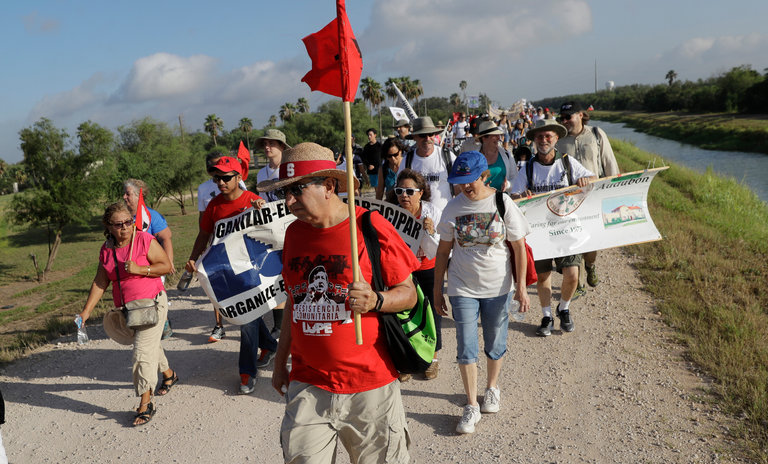 In South Texas, Threat of Border Wall Unites Naturalists and Politicians