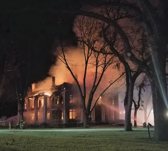How You Can Help Rebuild The Mason County Courthouse Destroyed In A Fire